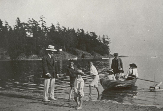 The Bernard Goward family at Cadboro Bay Beach