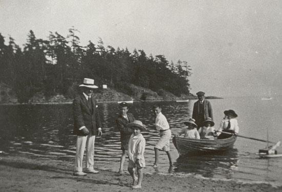 The Bernard Goward family at Cadboro Bay Beach