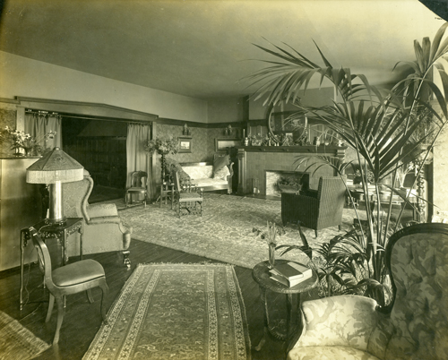 Living Room of 1069 Beach Drive