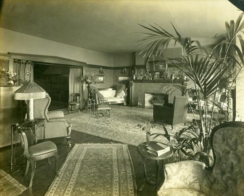Living Room of 1069 Beach Drive