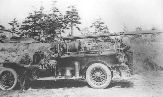 Saanich Fire Department's 1917 Russell Knight
