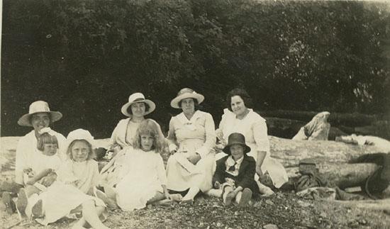 Maude Hall at Garden City Women's Institute Picnic