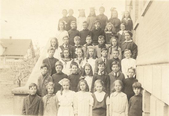 Senior Third Reader Class at Tolmie School