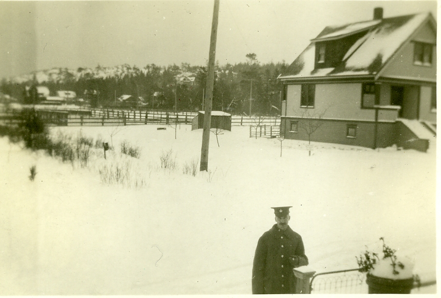 Cecil Unwin in the Snow