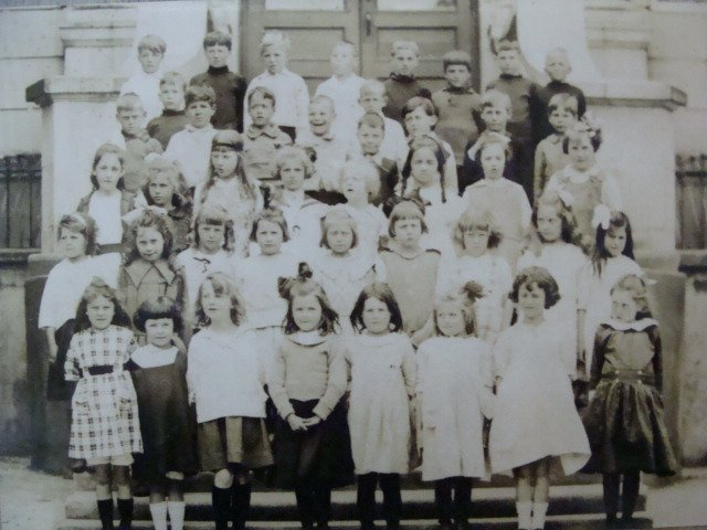 Pupils at Lampson Street Elementary