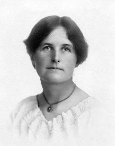 Julia McDermott