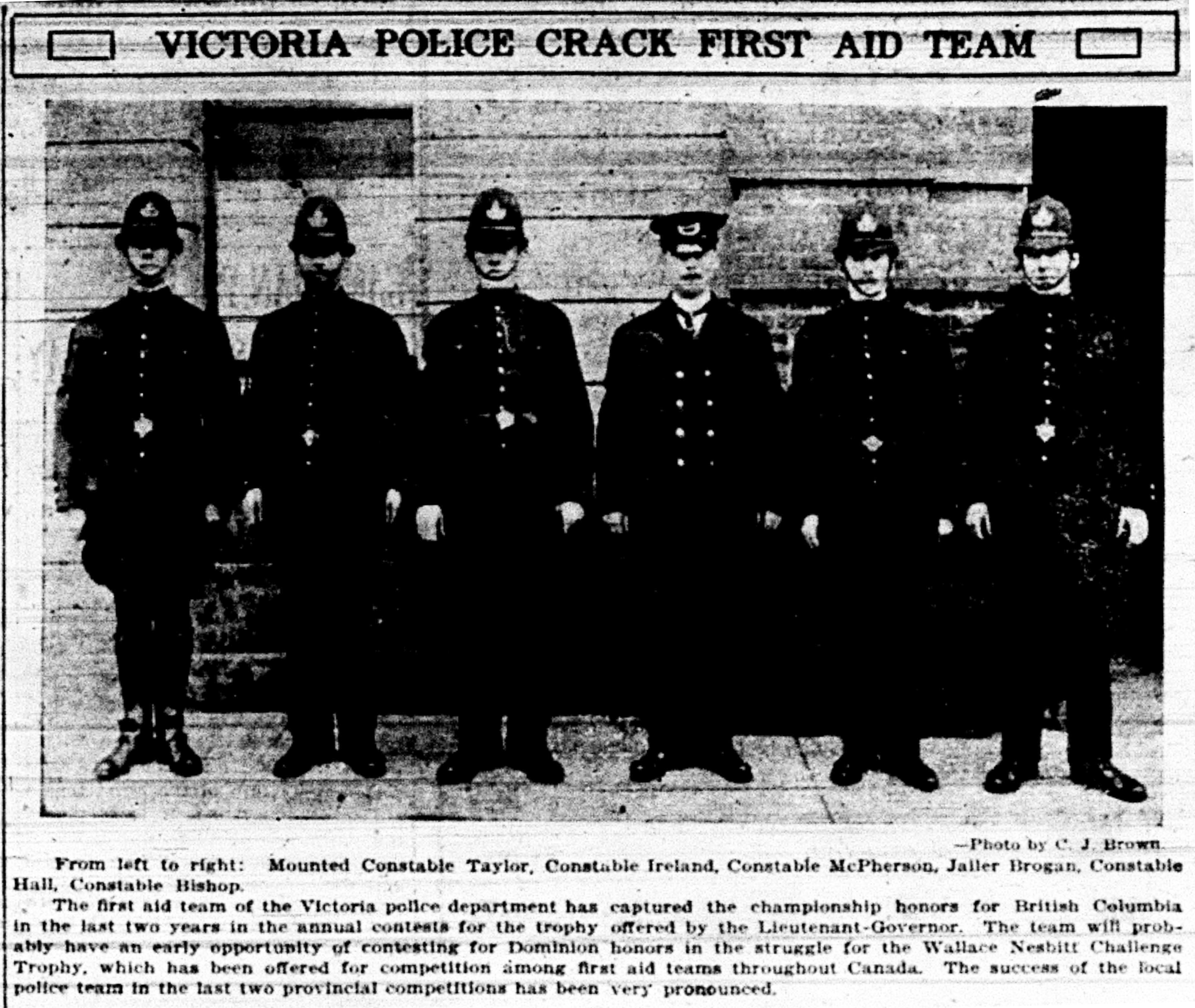 """Victoria Police Crack First Aid Team"""