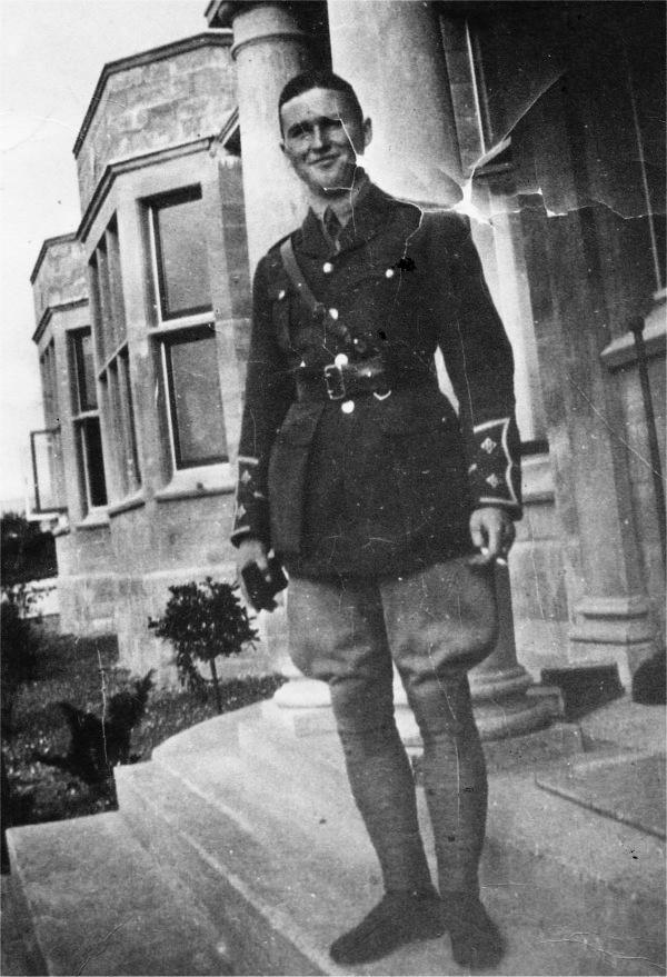 Lieutenant G.R. Gray
