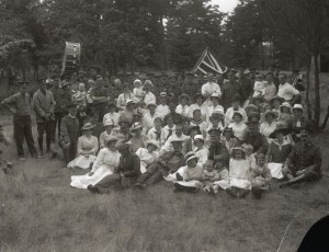 Note the prominent place of the Union Jack in this image from a wartime picnic.