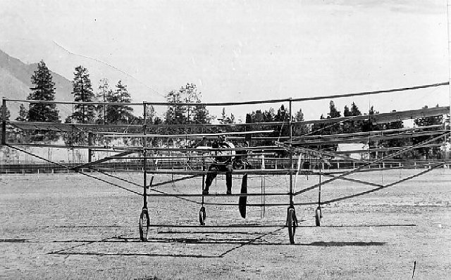 William Wallace Gibson at the controls of his twin-plane. Courtesy of the Canadian Aviation Museum.